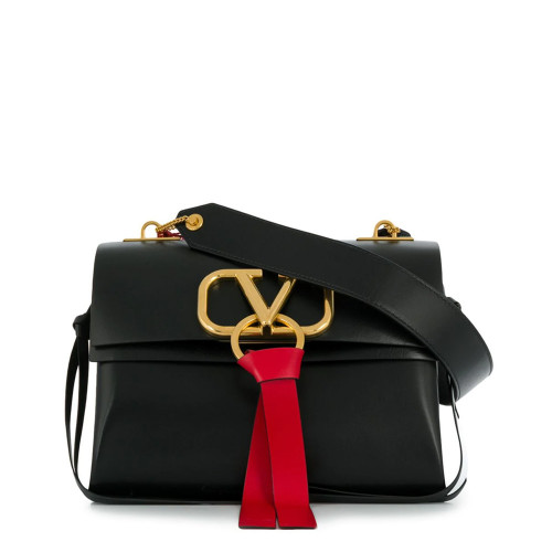 MEDIUM V-RING SHOULDER BAG